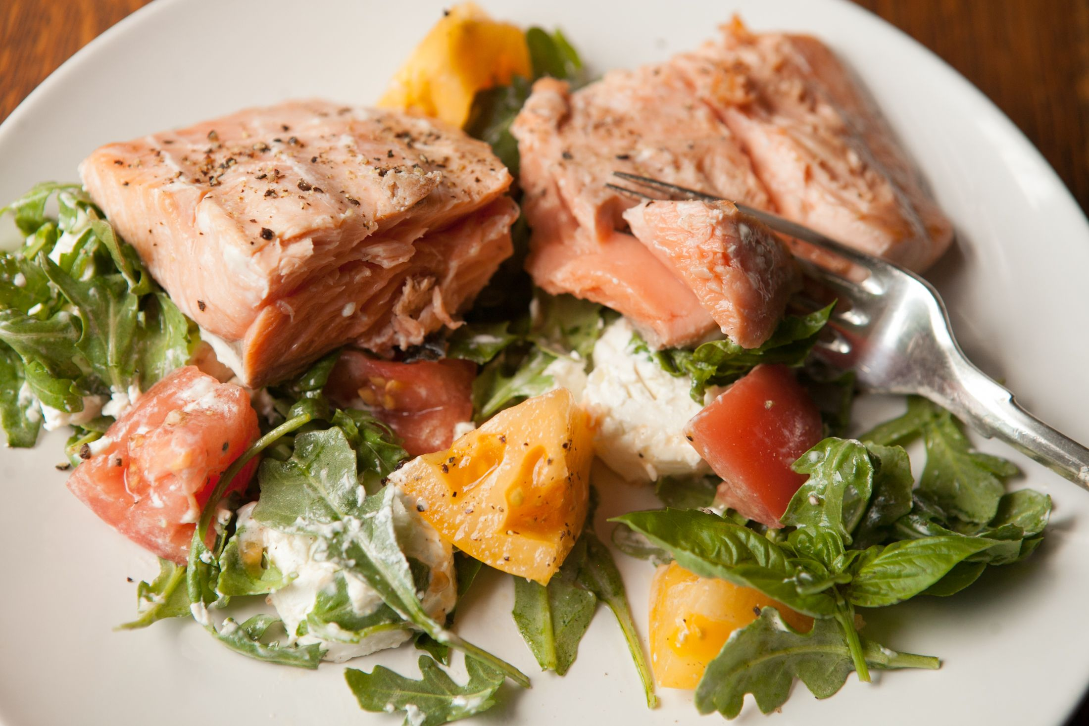 A Few Healthy Recipes Like Ray S Grilled Salmon With Heirloom Tomato And Goat Cheese Salad Styling By Wendell Brock Photography Renee Special