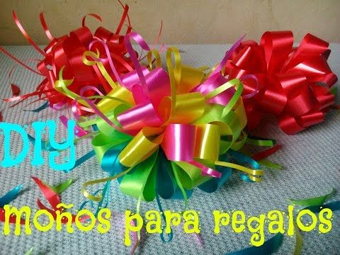 Como Hacer Un Moño Como Hacer Un Moño Pom Pom Moño Para Regalo How To Make A Bow For Gift Youtube Moños Para Regalo Como Hacer Moños Manualidades