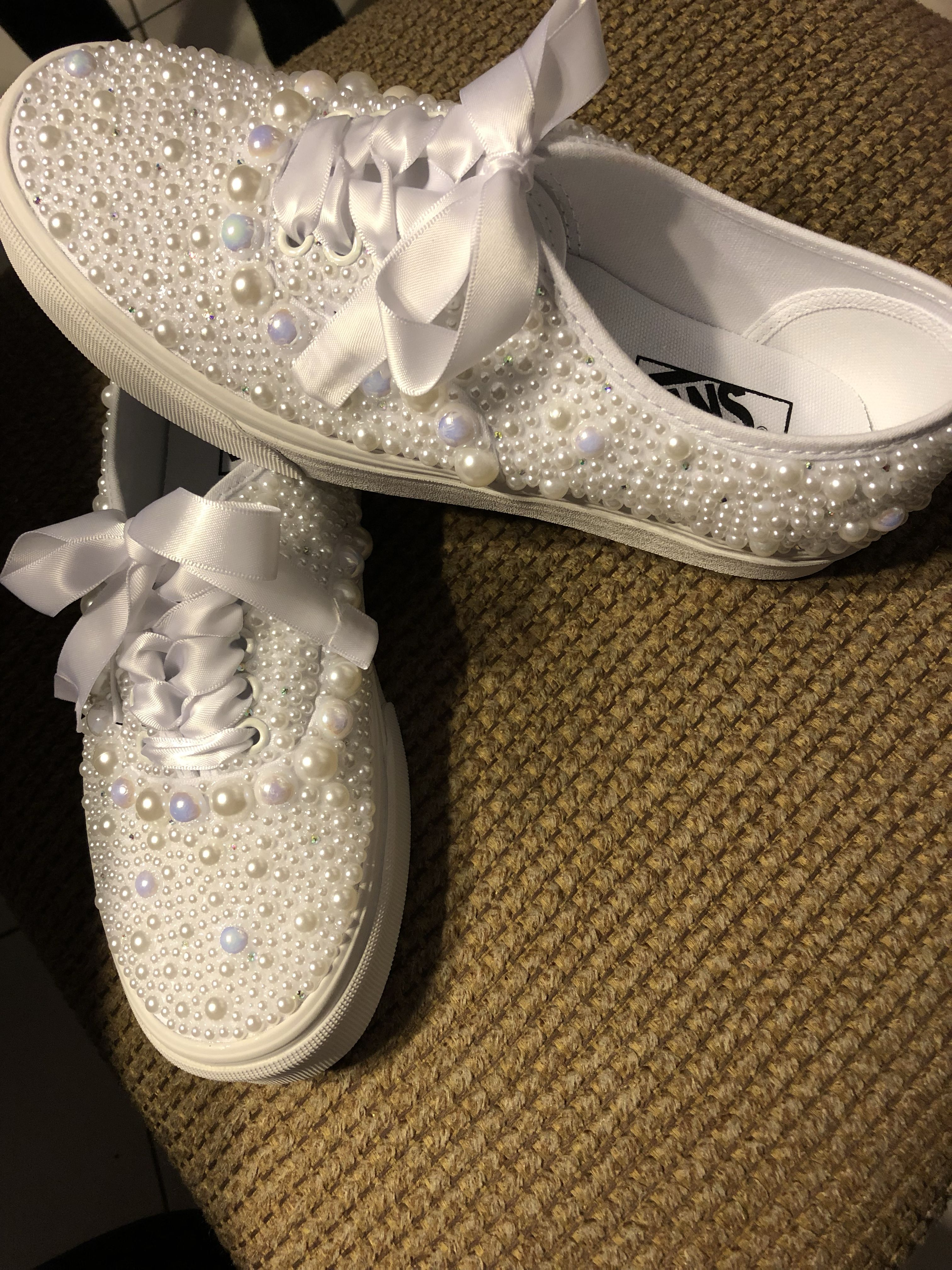 Custom wedding Vans. Pearls and crystals | Wedding vans