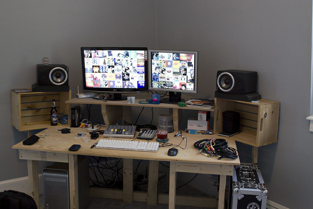 Home Office Dual Desk Setup: This Is The New London Blue Desk 5000