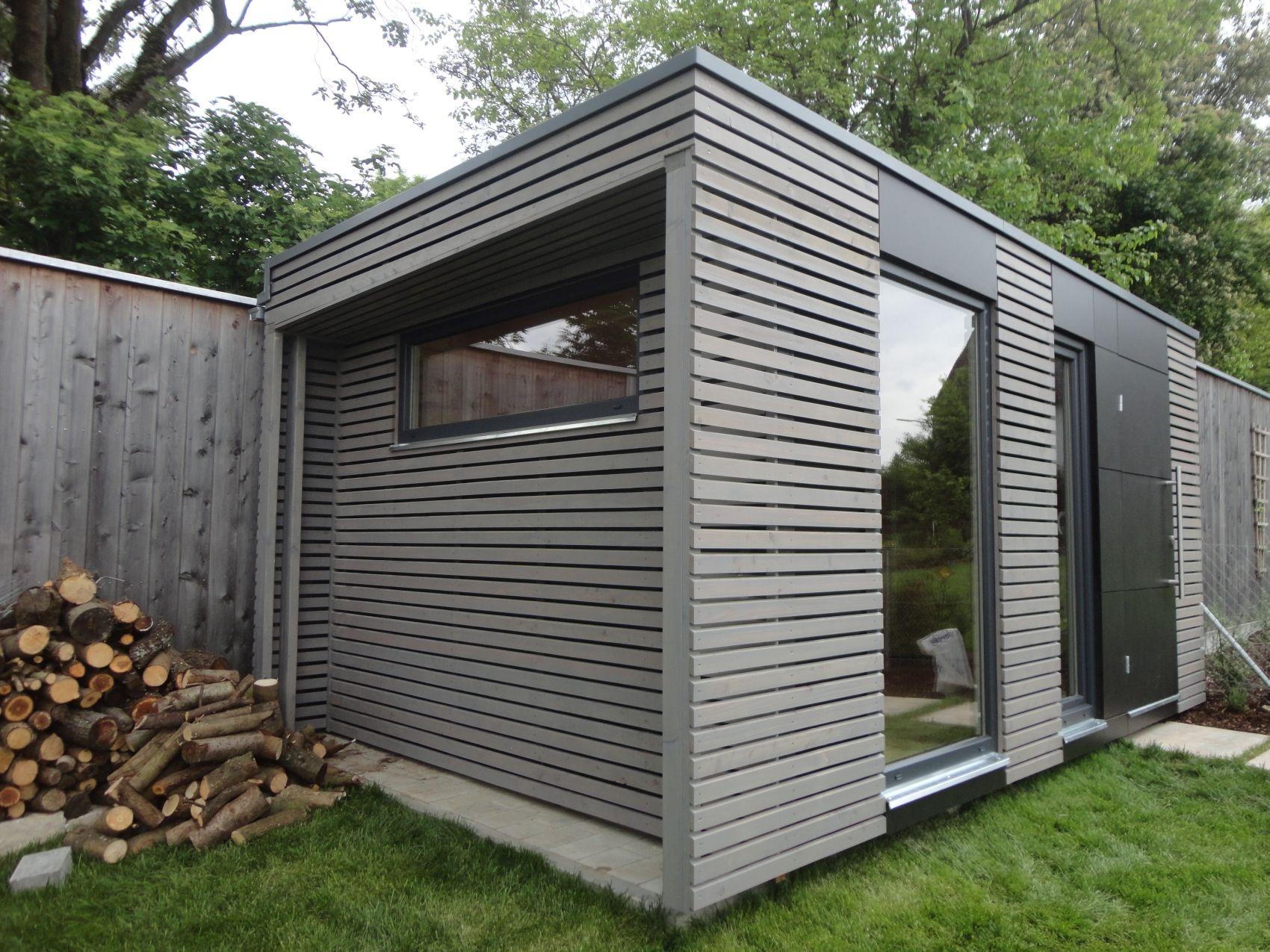 Moderní šedý domek na nářadí NATURHOUSE Zahradní domek