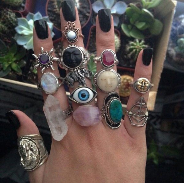 Photo of jewels jewelry jewellery rings jewellery stores jewlery silver stone lovely cool…