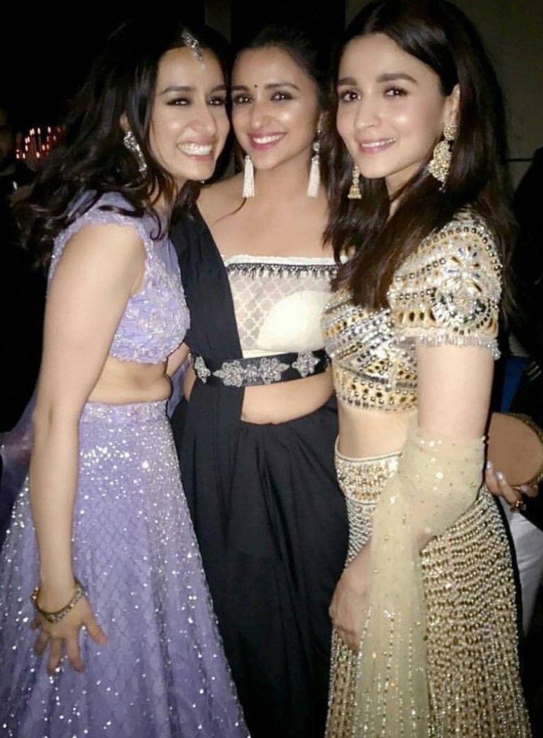 Pin By Swati Kumari On Girls Gang Bollywood Celebrities Indian Celebrities Beautiful Bollywood Actress