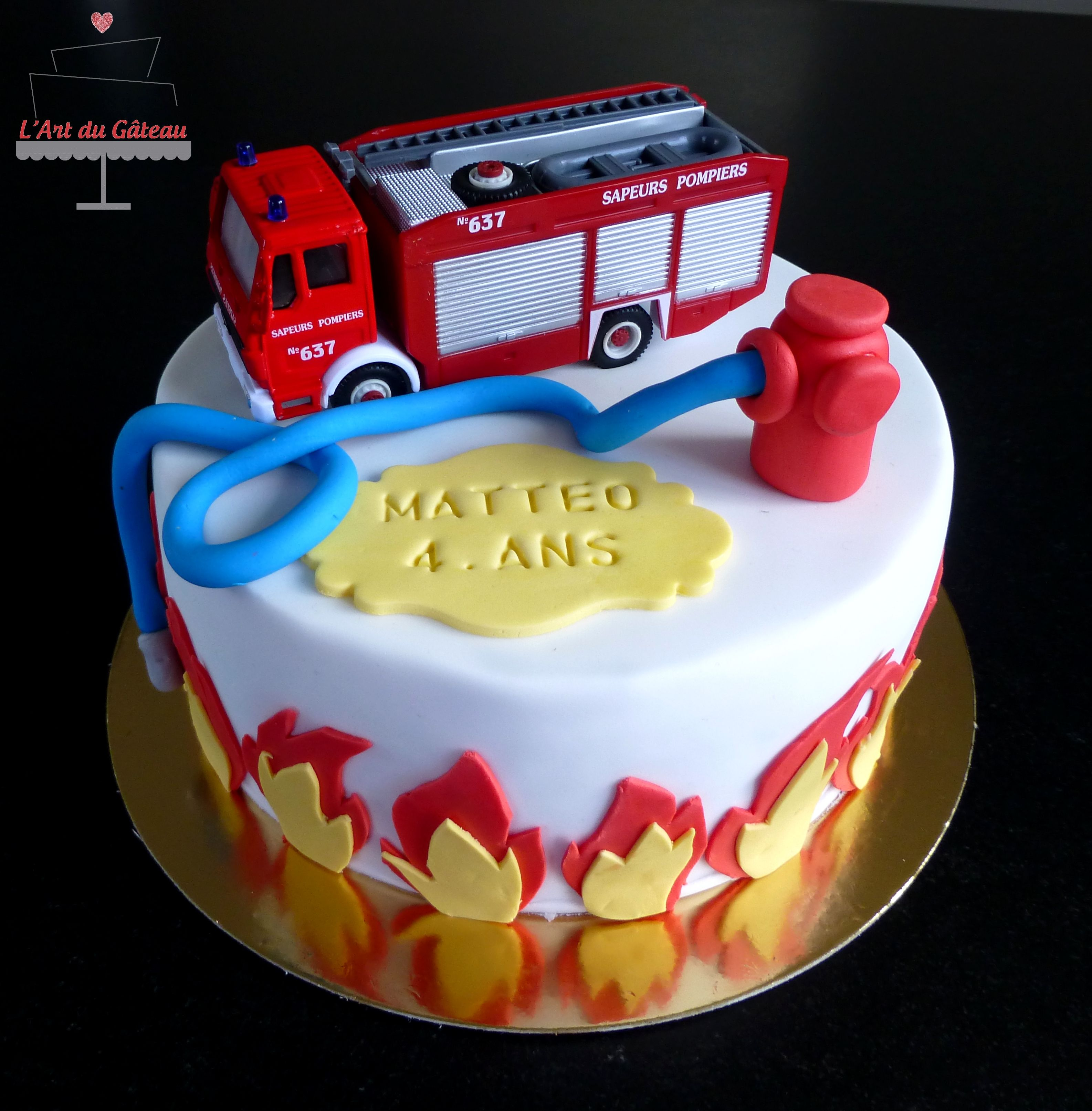 g teau pompier anniversaire firefighter birthday cakes. Black Bedroom Furniture Sets. Home Design Ideas