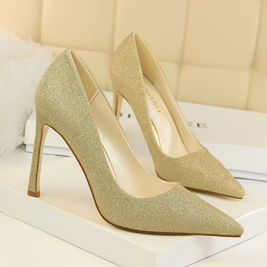 1cde38c6293 New Spring Summer Pumps Serpentine Sexy High Heels Shoes Star Thin Heels  Shallow Transparent Pointed High-heeled Shoes G514-1