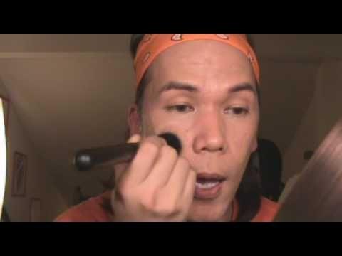 Makeup tutorial blogger: e. L. F. Studio small stipple brush.