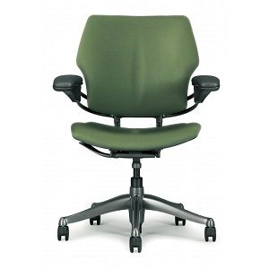 Humanscale Freedom Chair With Images Office Chair Office Desk Chair Ergonomic Chair