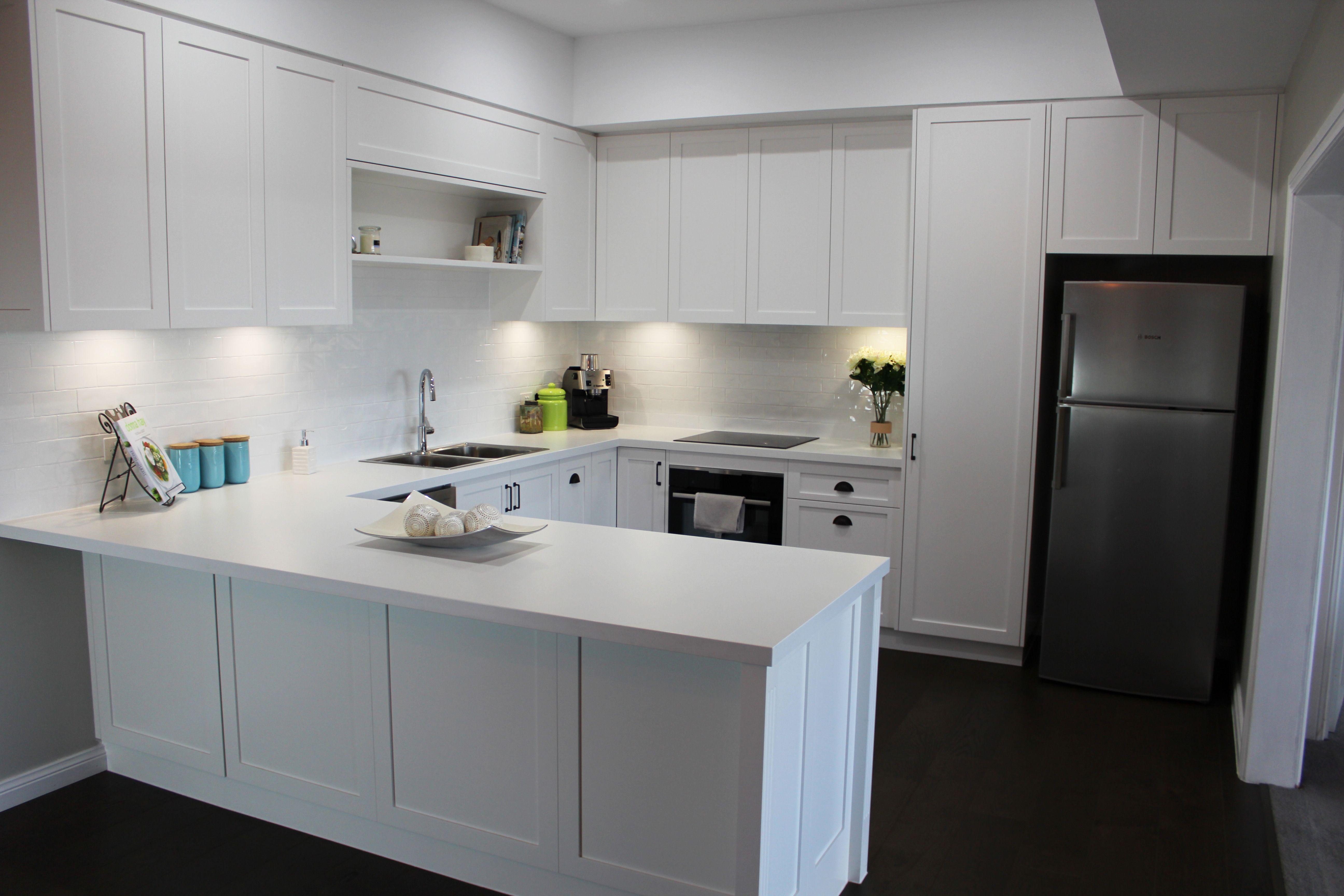 Benchtop polytec classic white matt 40mm abs edge panels for Classic white kitchen designs