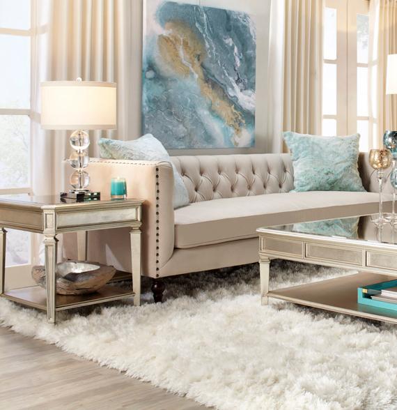 Casual Coastal Living Room Ideas: Living Room Decor