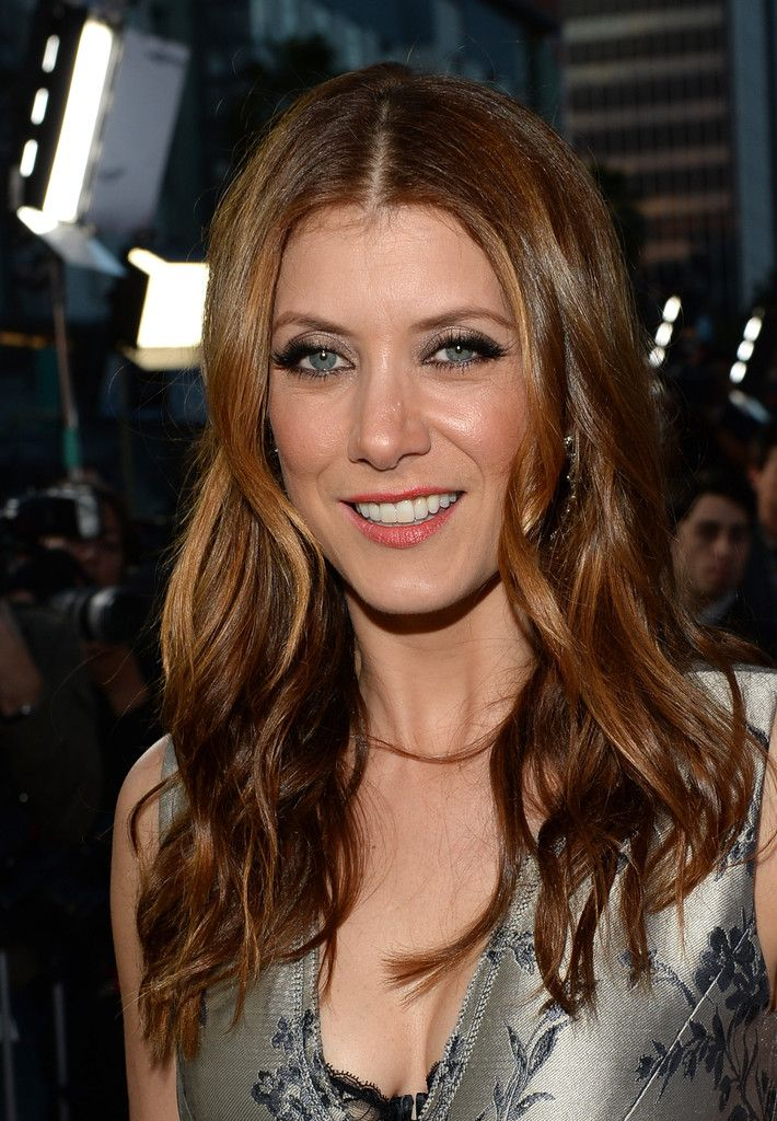Kate Walsh Photos Photos Arrivals At The Scary Movie 5 Premiere Kate Walsh Auburn Hair Kate