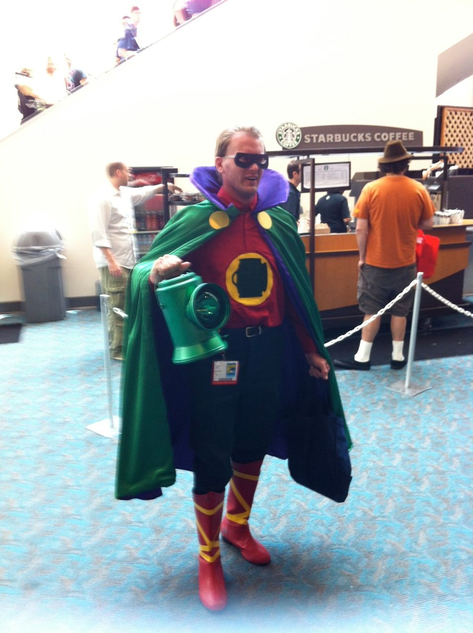 golden age Alan Scott Green Lantern cosplay from 2012 SDCC #cosplay #dccomics #greenlantern #alanscott