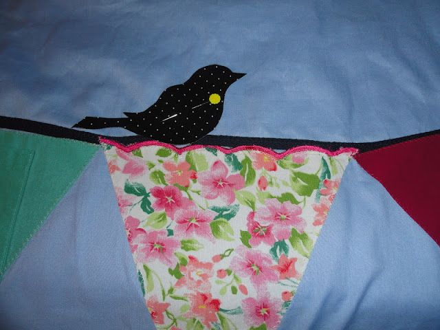 Oxford Impressions: Patti's Memory Banner Quilt With Bird Appliques
