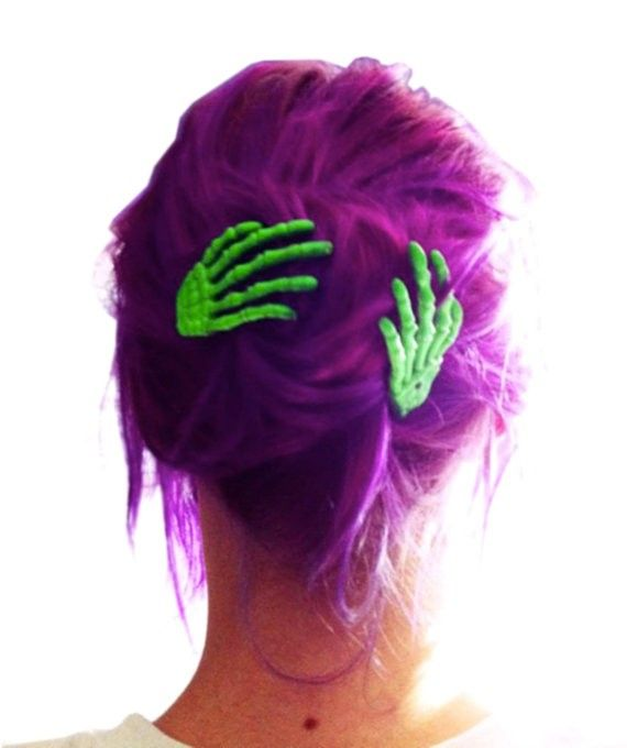 halloween, pin up, autumn, dyed hair #hair #girls #purple   www.loveitsomuch.com
