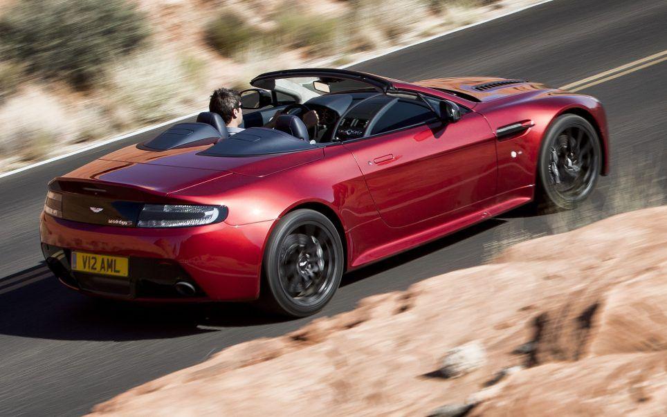 Essai Aston Martin V12 Vantage S Roadster 2015 自動車