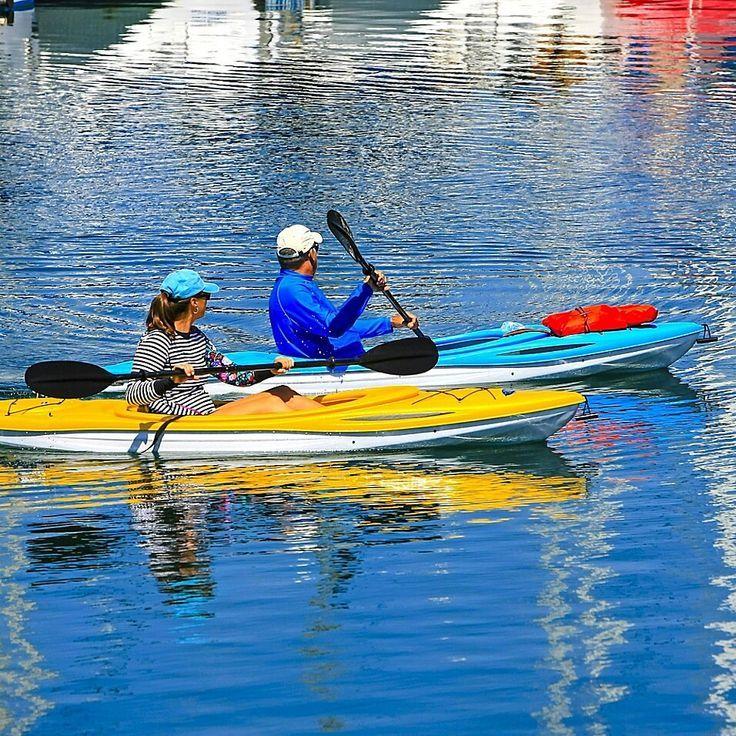 Kayaking Pareja Climbing In 2020 Kayaking Kayak Tours Kayak Fishing Setup