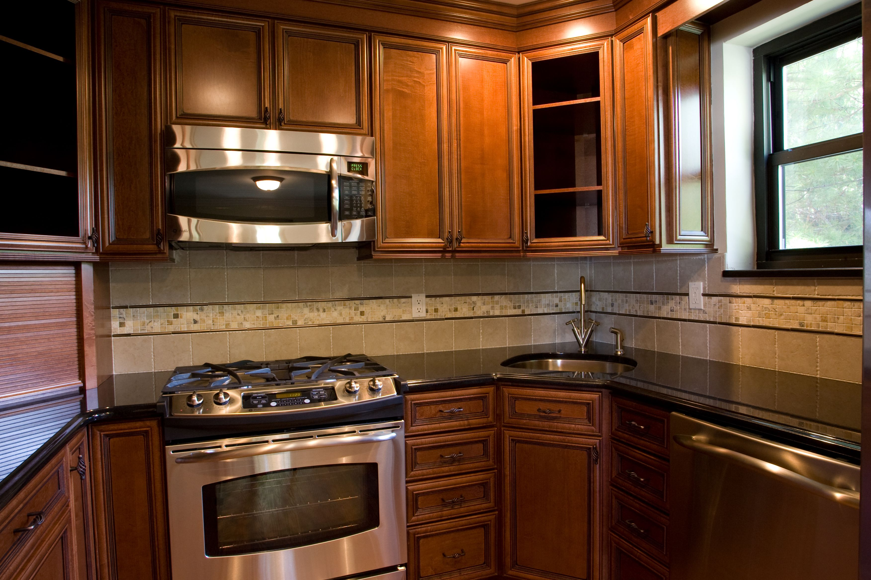 Kitchen By Color Age Armstrong Cabinets Serenity Mocha