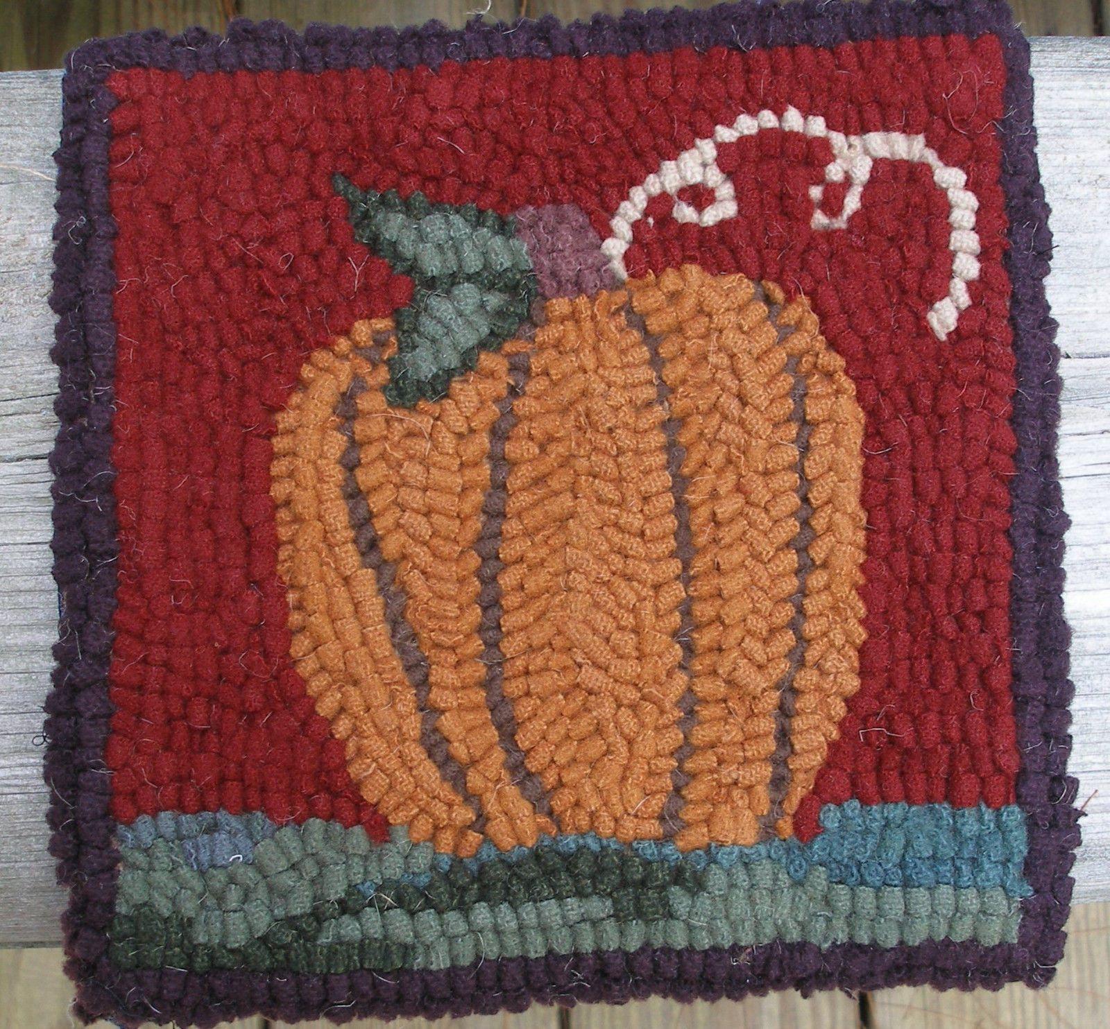 Primitive Hooking Kits 157030 Beginner Pumpkin Rug Kit With 8 Cut Wool