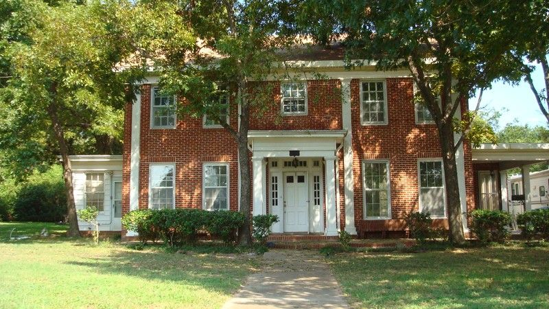 1931 Greek Revival In Marlin Texas Oldhouses Com Abandoned