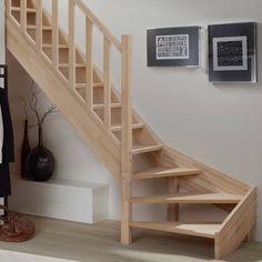 Massivholztreppen In Buche 1 4 Gewendelt In 2020 Holztreppe Treppen Design Treppe