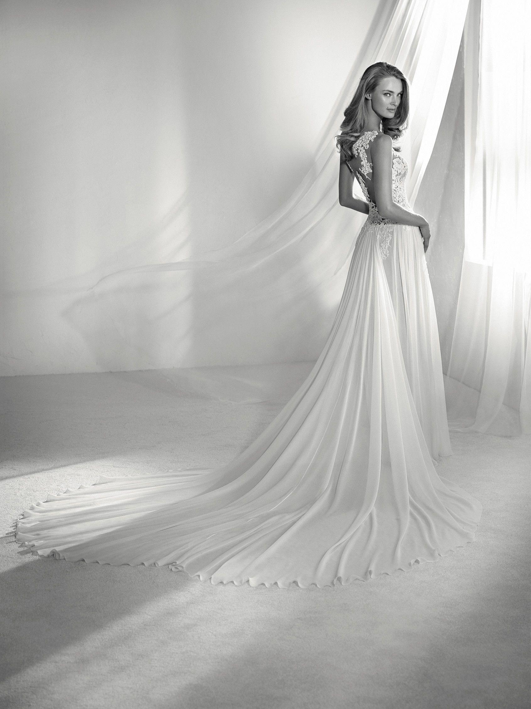 Wedding dress skirt movement pronovias collection eib