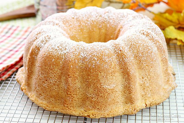 Looking for the perfect dessert? Look no further! This Old-Fashioned Cream Cheese Pound Cake is ideal for ANY occasion! AD