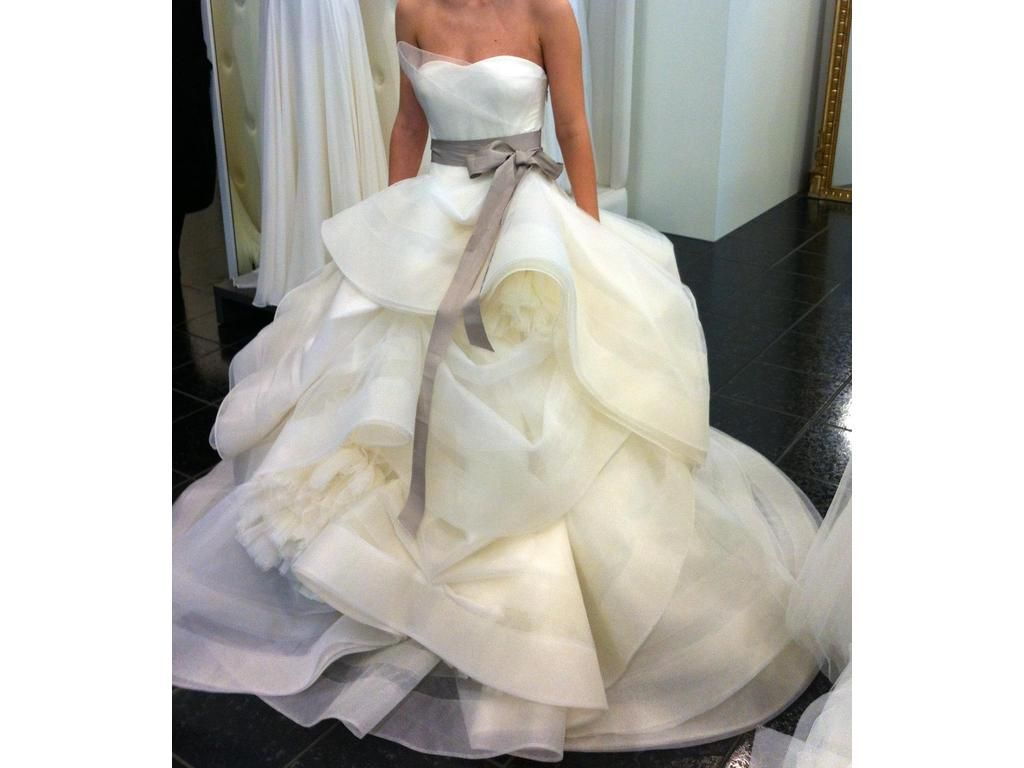 Pre owned wedding dresses  Vera Wang Katherine  find it for sale on PreOwnedWeddingDresses