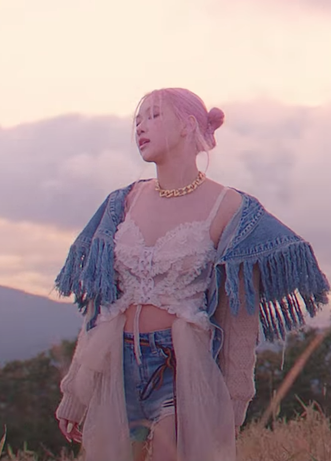 """Xem MV mới của BLACKPINK mà giật mình vì quần áo quá """"cái bang"""", 4"""