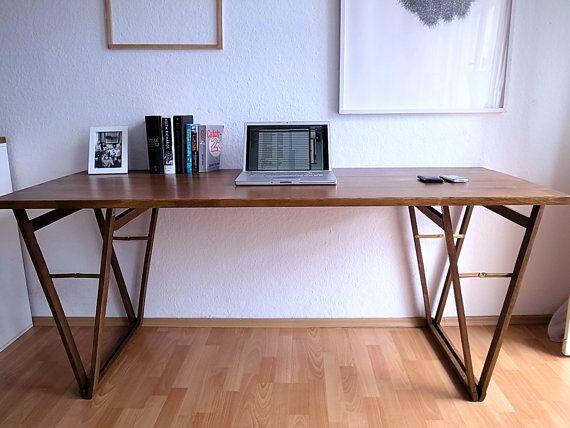 schreibtisch aus buche, arbeitstisch im nusston, origineller tisch, Möbel