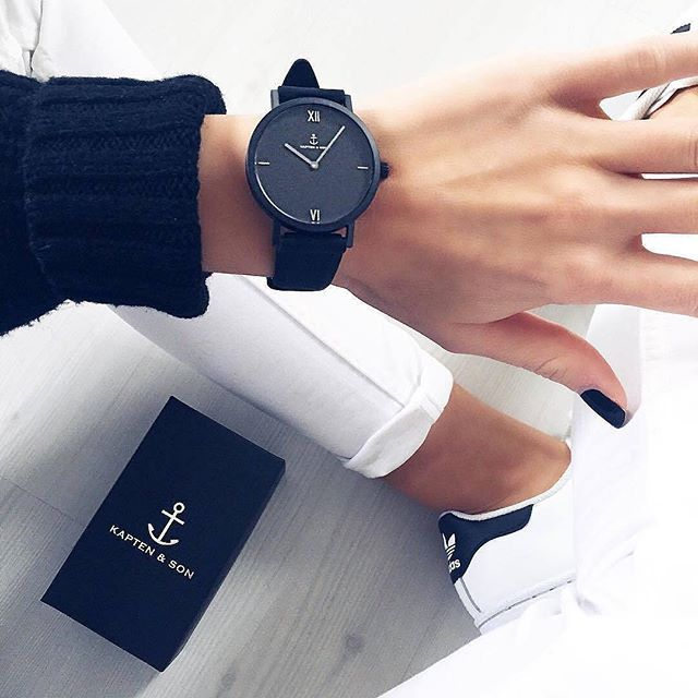 Match You Pure With A Black Sweater And White Jeans Like Mrs Ker Kapten Son Com Boutique Accessories Popular Womens Watches Girly Accessories