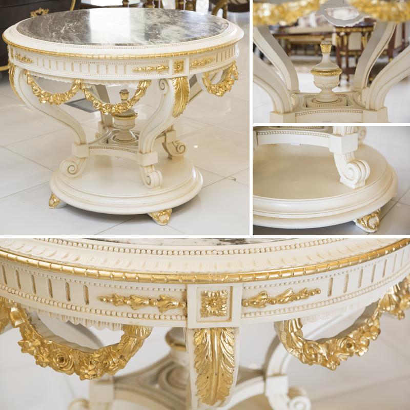 طاولة مدخل بأفكار عصرية وتصاميم أنيقة في دمج ألون الذهبي مع الأبيض لتعكس جمالية وتميز منزلك لضيوفكم للمزيد من الإستفسارت يمكنكم الإتصال عل Furniture Cake Stand