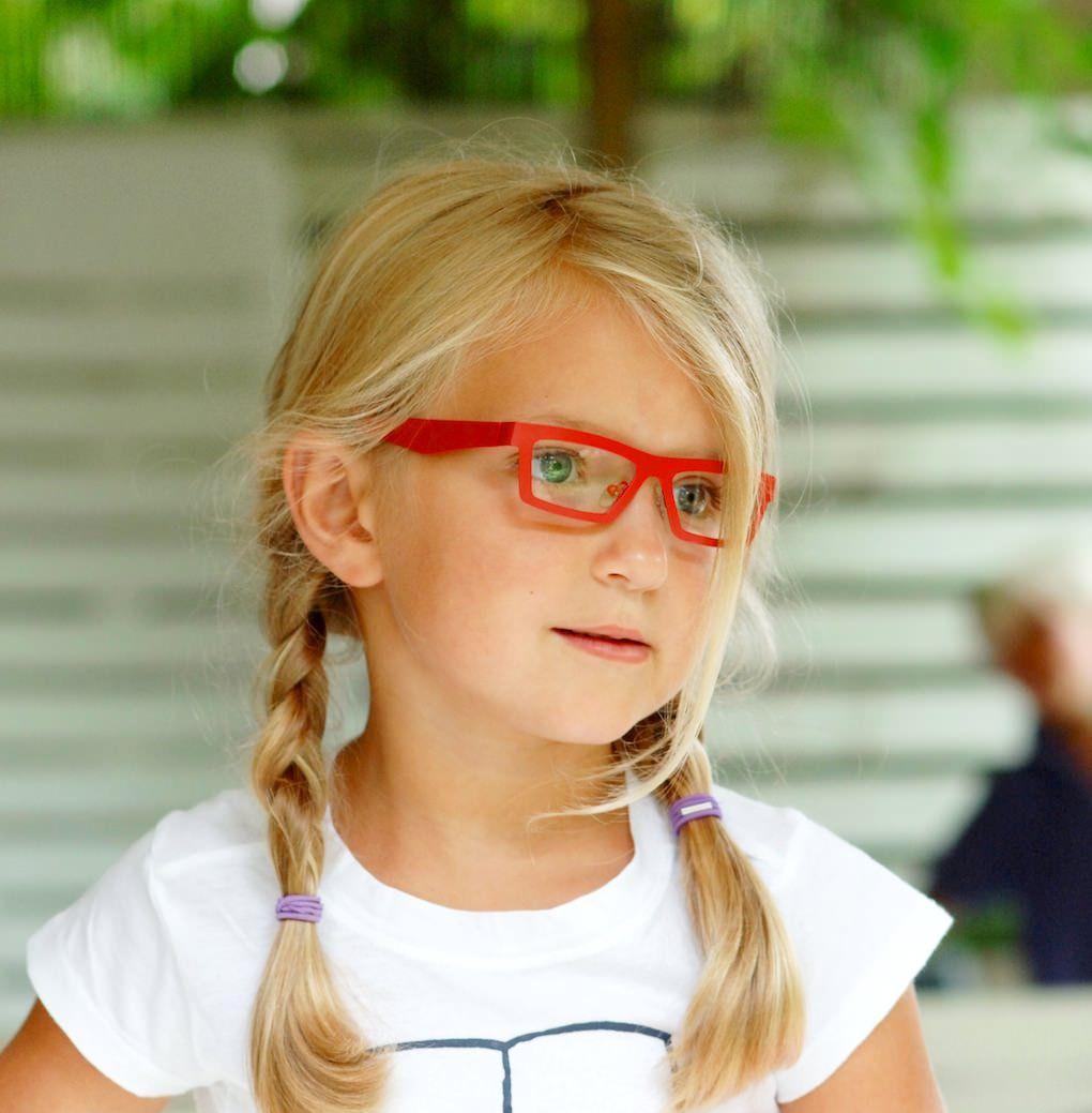 http://www.optiekvanderlinden.be/kinderbrillen.html | Kinderbrillen ...