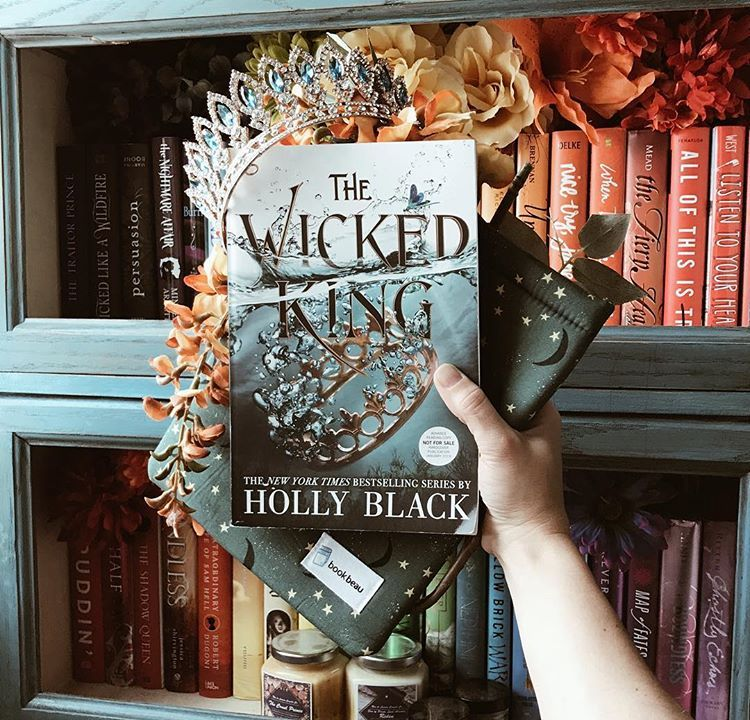 If Holly Black Were To Write A Spin Off Series For One Character In The Cruel Prince Who Would You Want Her To Holly Black Books The Cruel Prince Cruel Prince