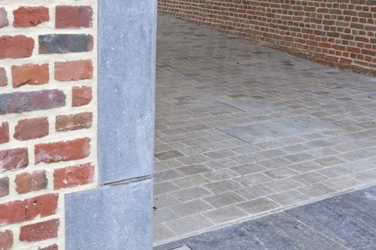 Dorpel Badkamer Graniet : Blauwe belgische hardsteen dorpel natuursteen artimar makkelijk
