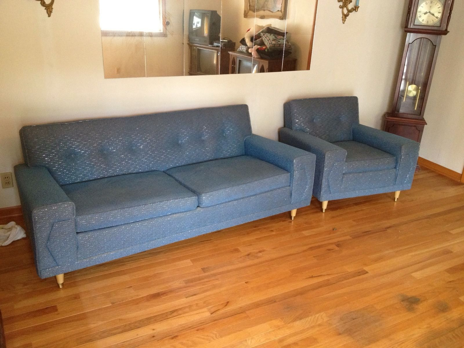 Pin By Cathie Bryant On Fab Vintage Furniture Couch Chair Set Sofa Styling Mid Century Modern Couch