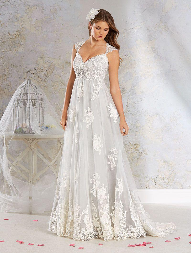 Wedding Gown Gallery Vintage Style Wedding Dresses Bridal Gowns Vintage Wedding Dresses [ 1059 x 800 Pixel ]