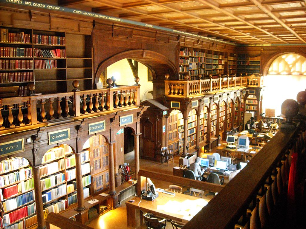 Resultado de imagem para Duke Humphrey's Library