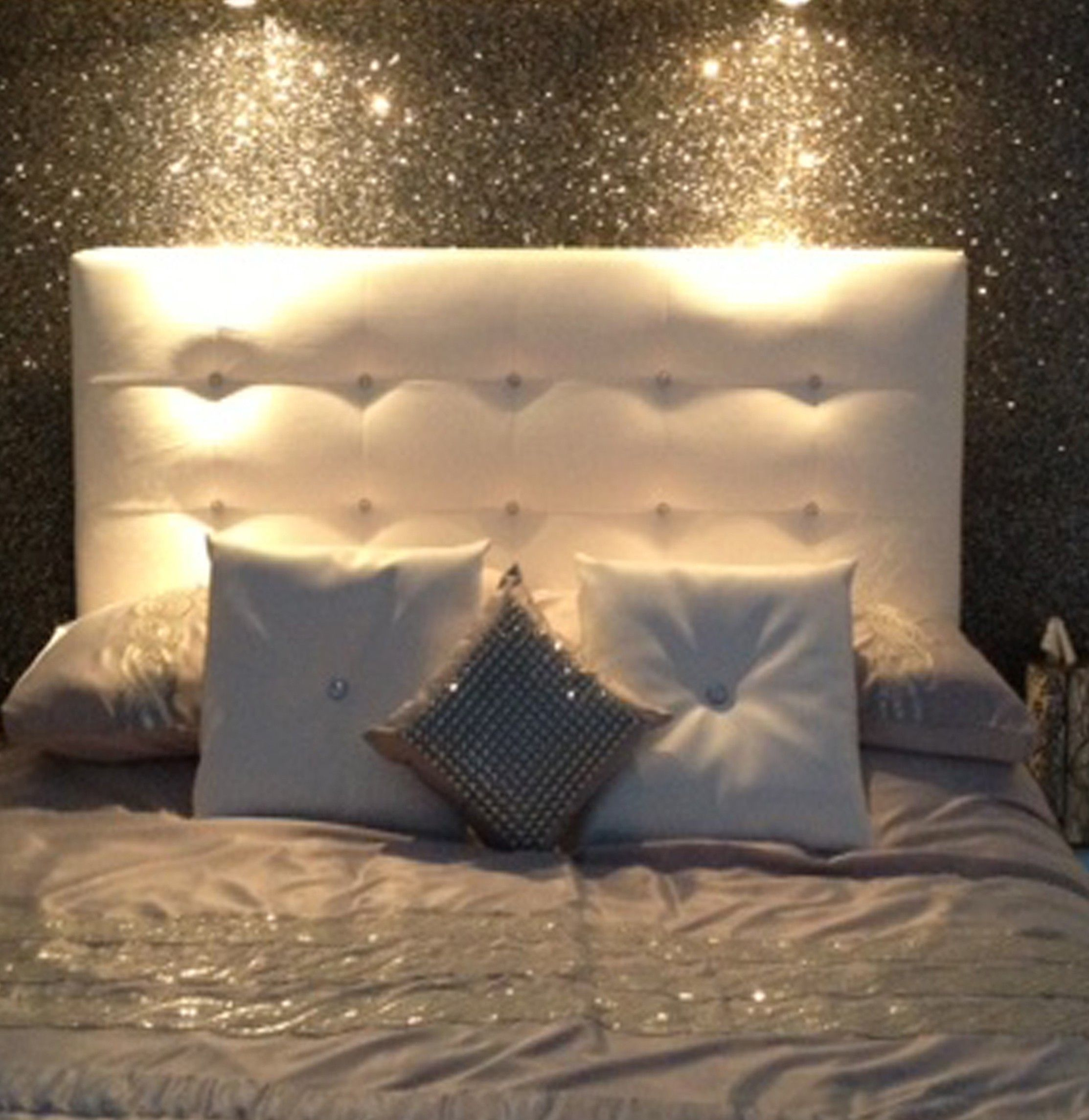 Viewing Gallery For   Silver Glitter Wallpaper For Walls