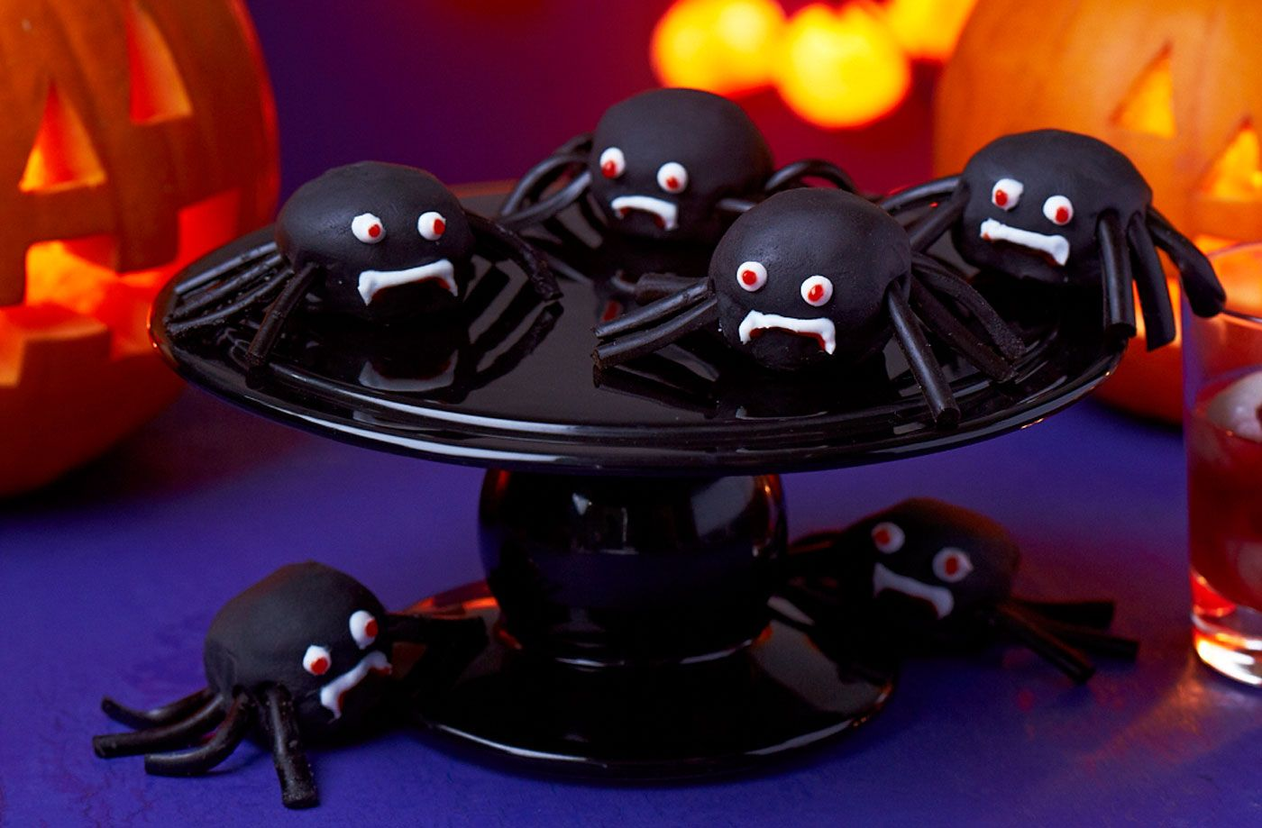Spider cake pops Recipe Tesco real food, Halloween