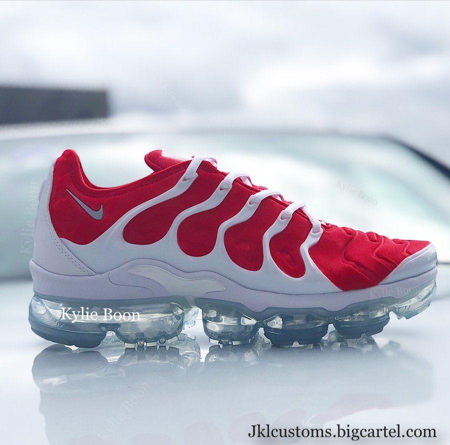0b94d78864 Image of RED Nike Vapormax Plus   føõtwėär in 2019   Red nike shoes ...