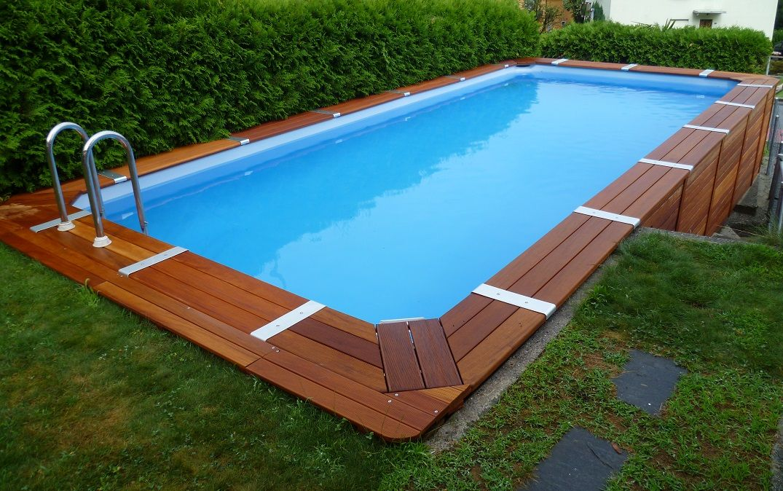 Piscine fuori terra rivestite in legno qualità e