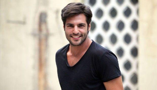 Cherry Season: Serkan Cayoglu racconta il suo personaggio Ayaz