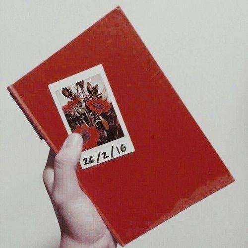 Imagem de aesthetic, book, and flowers