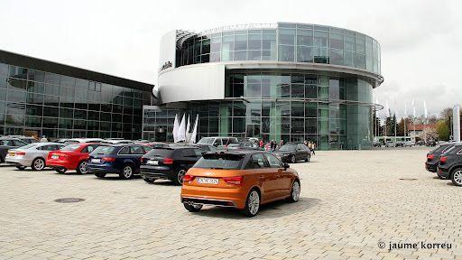 Audi Plaza Ingolstadt At The Rear Audi Museum Favorite Places - Plaza audi