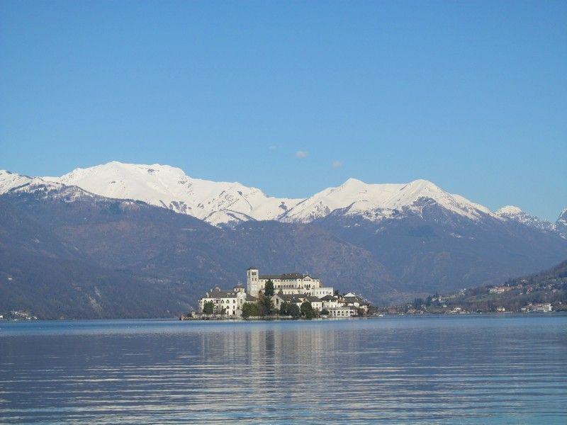 Lago de Orta visitas con guía isla San Julio excursión Monte Sagrado