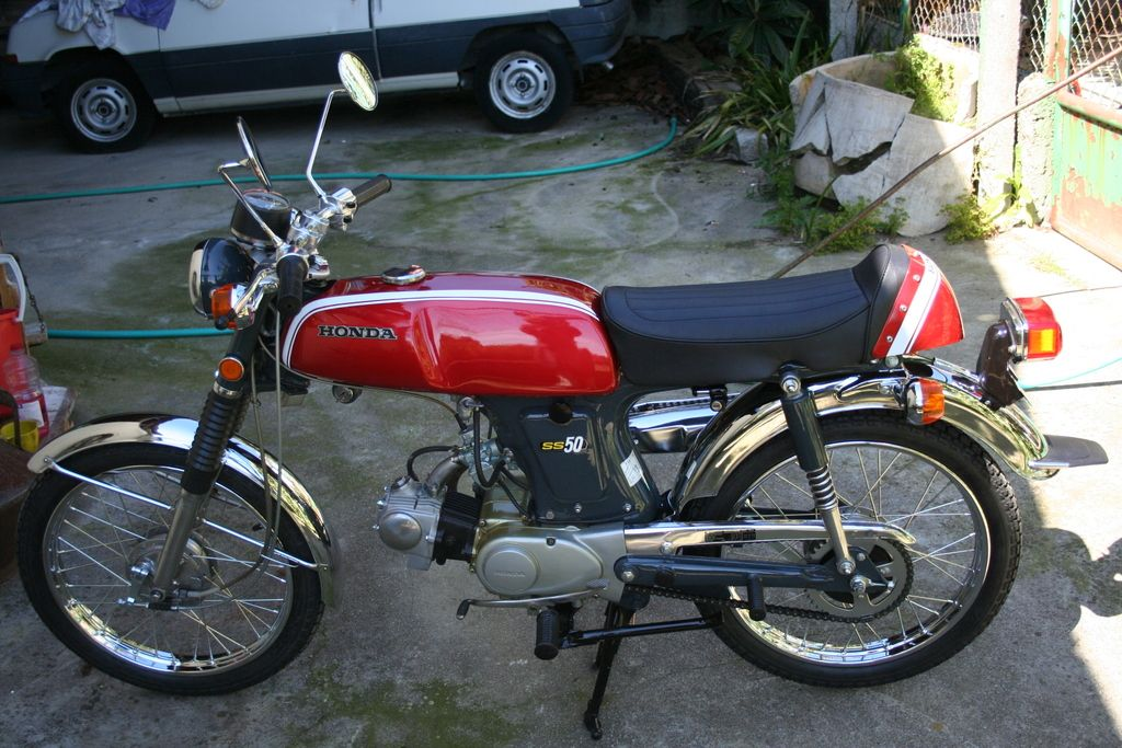 honda ss50 original restored honda ss50 honda. Black Bedroom Furniture Sets. Home Design Ideas