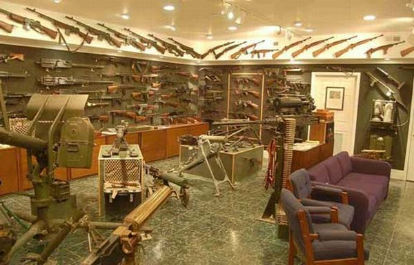 Man Cave War Room : War room style maybe not for the man cave but still makes me