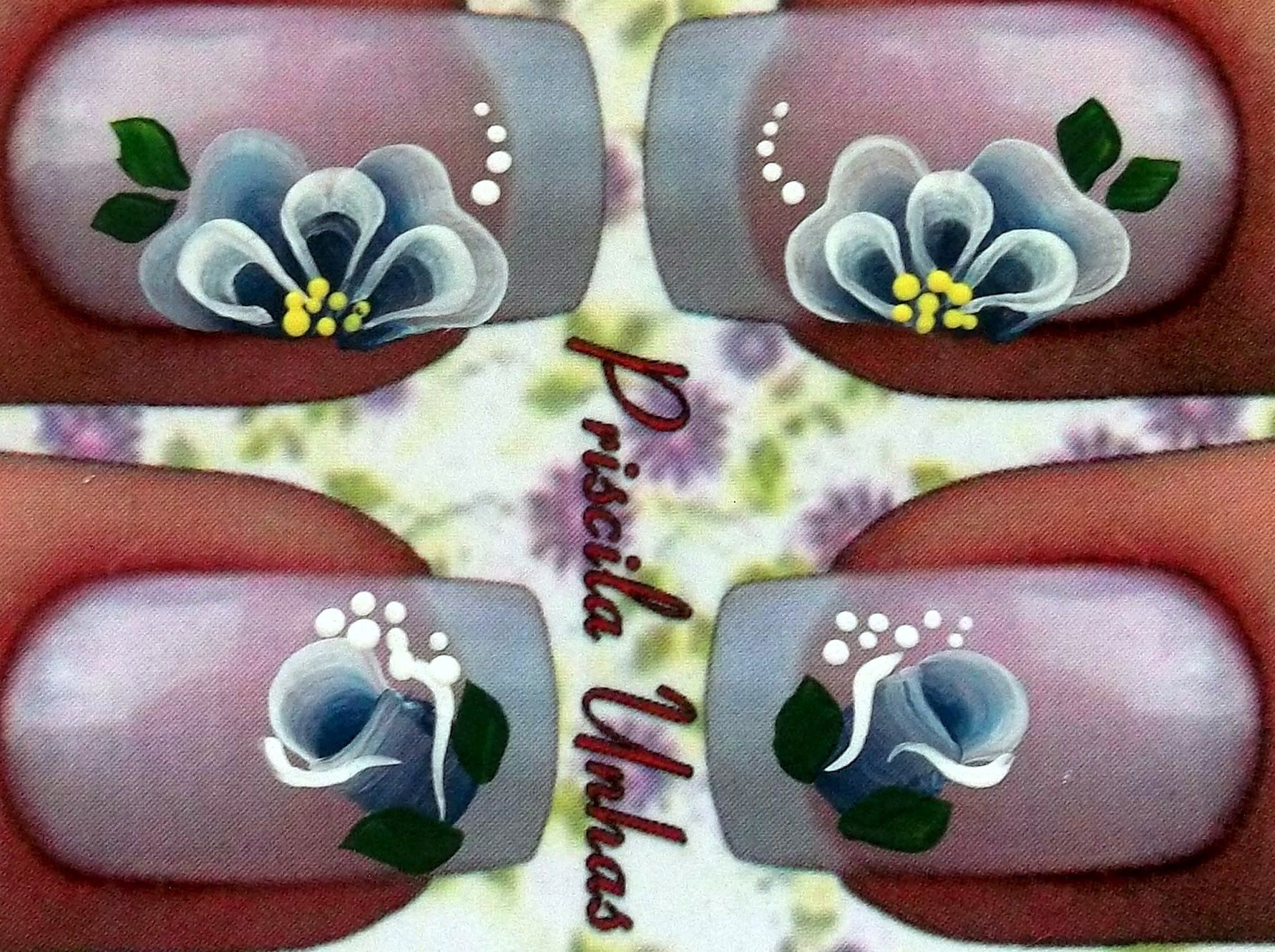 Flor com pétala em M Priscila Unhas Artísticas