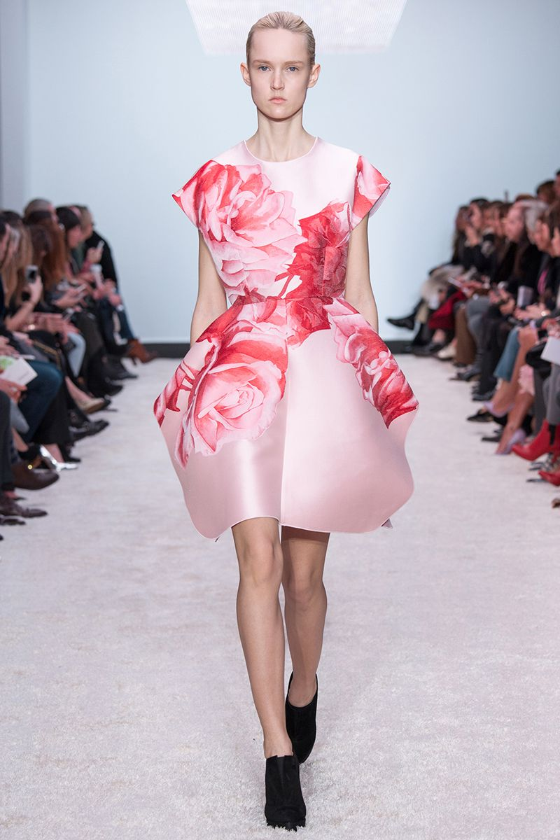 Giambattista Valli Fall 2014 RTW - Review - Fashion Week - Runway, Fashion Shows and Collections - Vogue