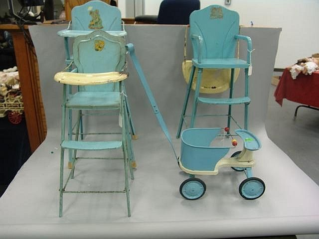 vintage doll high chairs and stroller with cute decals (My heart be still <3)