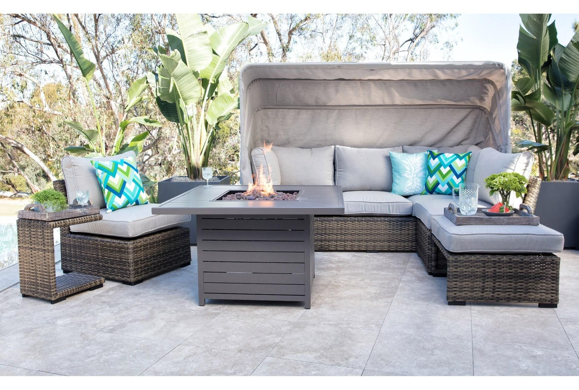 Outdoor Aventura II Daybed | Mediterranean home decor ... on Living Spaces Outdoor Daybed id=39317